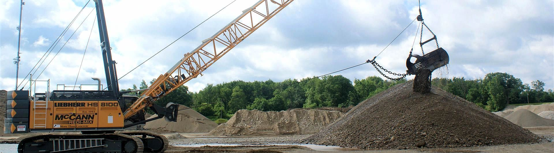 new dragline in gravel pit